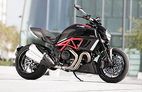 Ducati Carbon Diavel 2011