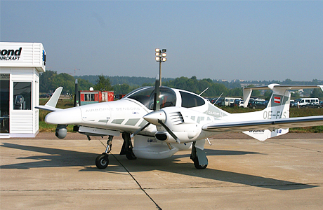Diamond Aircraft DA-42