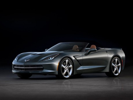 Chevrolet Corvette Stingray версии родстер
