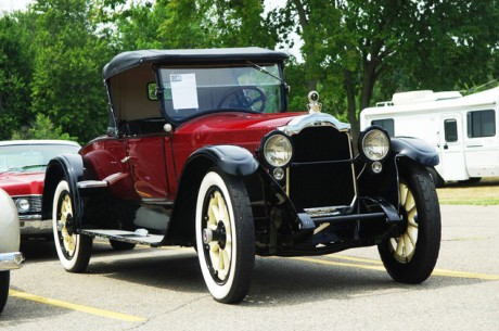 Машина Packard Twin Six Model 335 Roadster