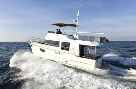 Круизер Beneteau Swift Trawler 44
