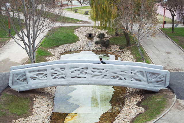 worlds-first-3d-printed-bridge-1